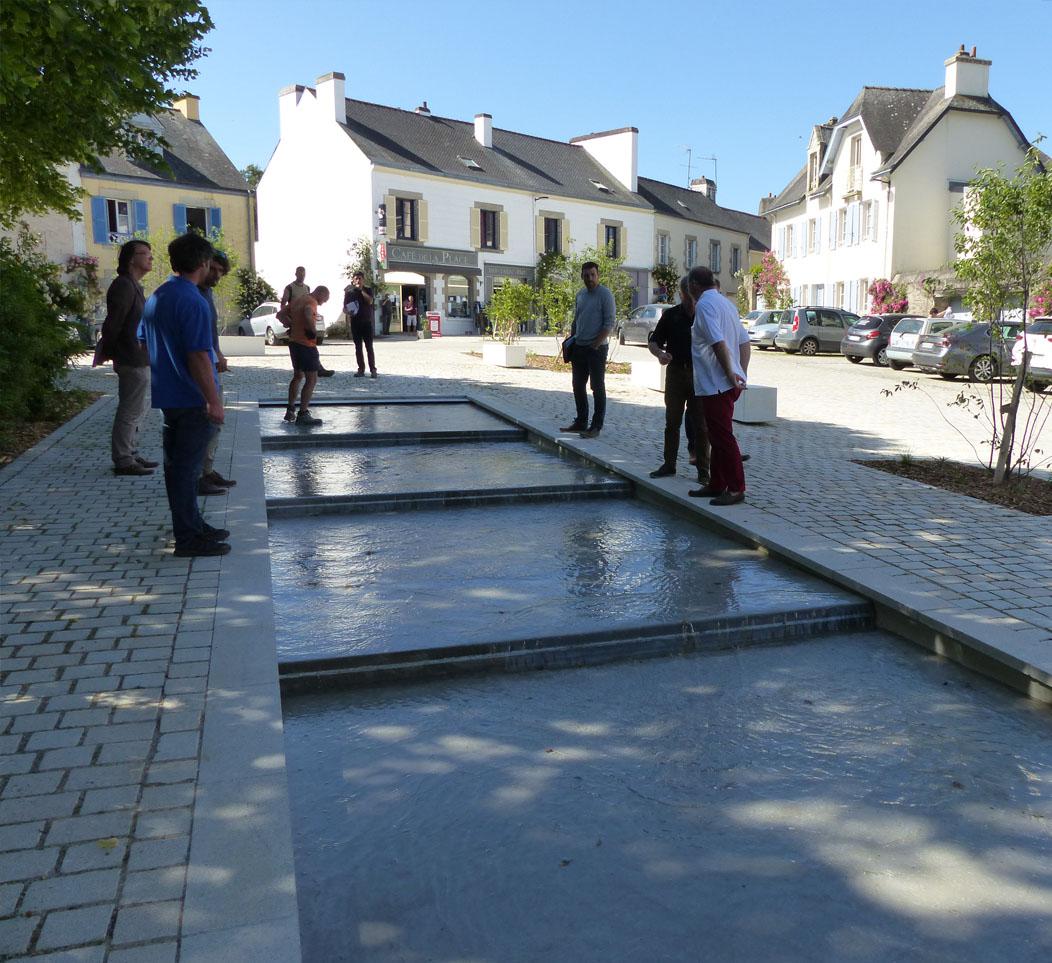 Mise en eau de la fontaine, Place de la Maison des Princes à Pont-Scorff !