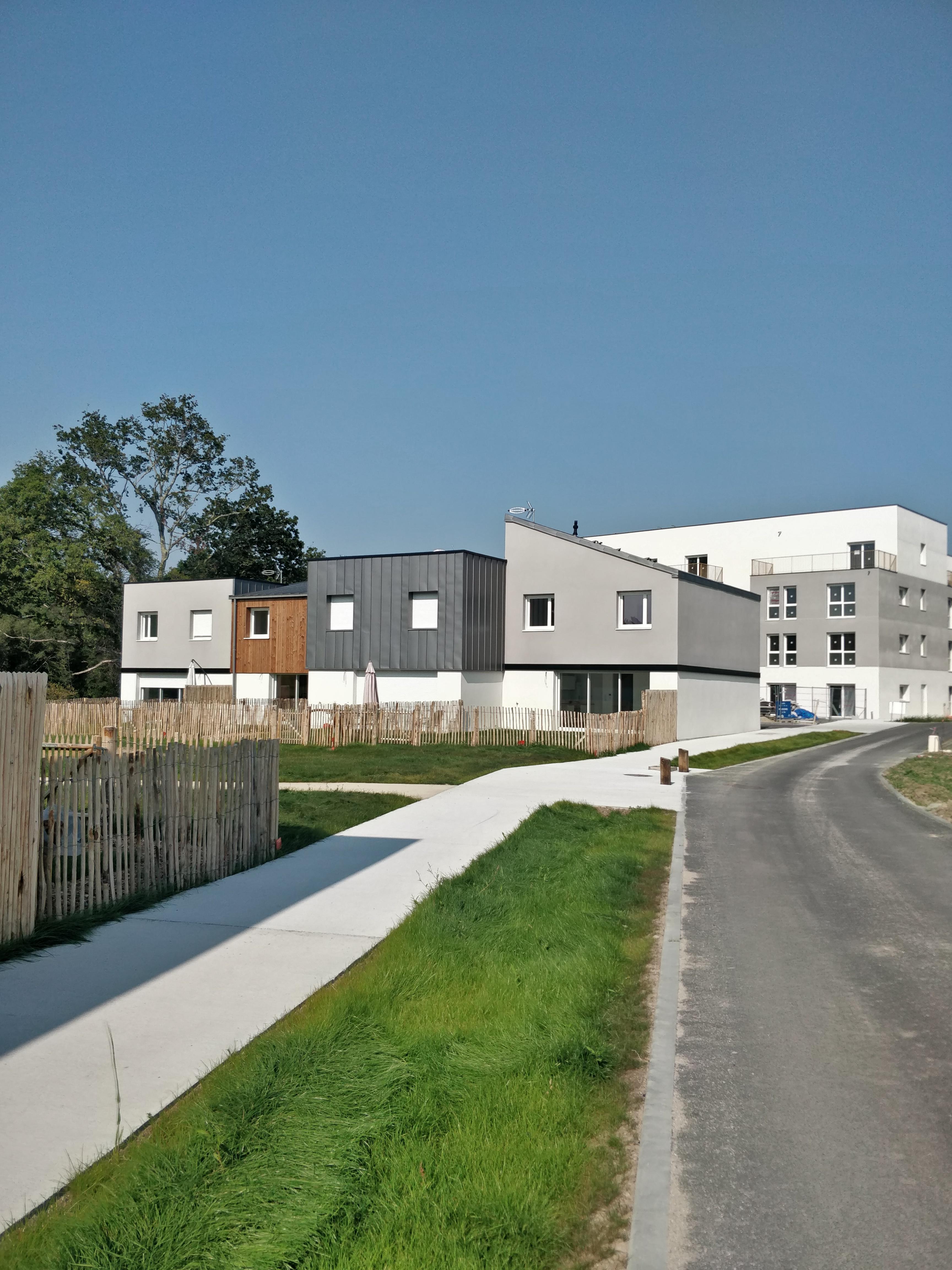 Août 2021: l'Eco-quartier 'Beaupré-Lalande' à Vannes (56) sort de terre!